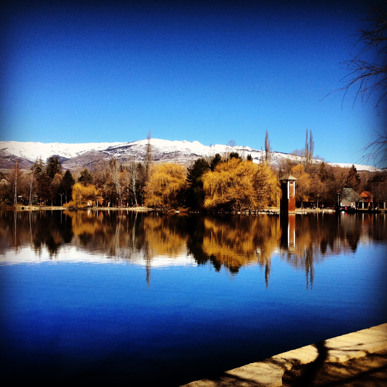 Puigcerda lake